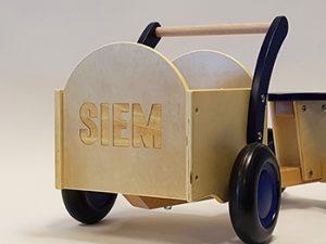 Laser graveren op houten speelgoed